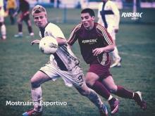 Uniformes Futebol
